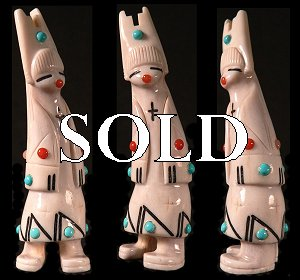 Zuni Spirits proudly presents fine Zuni fetish carvings from a variety of Zuni's premier artisans!   CLICK ME for more views & description!