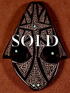 Patrick Wallace | Black Marble  | Sgraffito Frog  | Price: $45. +  $8.50  domestic shipping | Texas sales tax applies to Texas Residents! | CLICK  IMAGE for more views & information. | Authentic Zuni fetishes direct from Zuni Pueblo to YOU from Zunispirits.com!