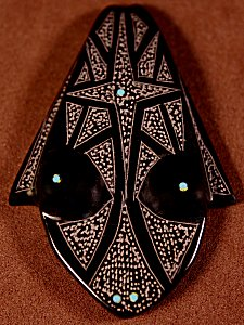 Patrick Wallace   Black Marble    Sgraffito Frog    Price: $45. +  $8.50  domestic shipping   Texas sales tax applies to Texas Residents!   CLICK  IMAGE for more views & information.   Authentic Zuni fetishes direct from Zuni Pueblo to YOU from Zunispirits.com!